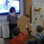 """Vorschulkinder der KiTa """"An der Point"""" besuchen Mammut-Ausstellung im Stadtmuseum"""