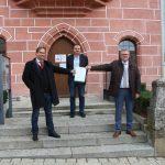 Staatssekretär Pronold übergibt Zertifikat der Nationalen Klimaschutzinitiative