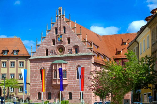 Rathaus komplett-1